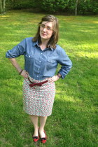 blue Old Navy blouse - crimson Simply Vera Vera Wang belt