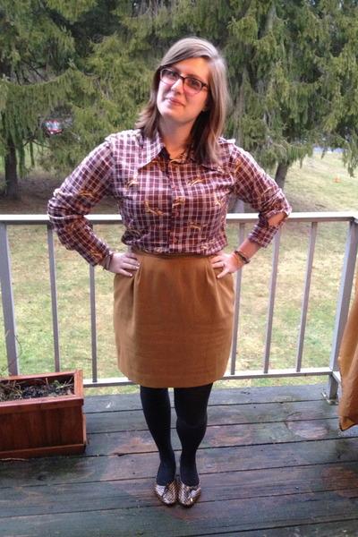 brown vintage top - mustard vintage skirt - hot pink Rivet & Sway glasses
