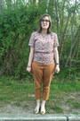 Ivory-vintage-top-light-orange-old-navy-pants-hot-pink-rivet-sway-glasses