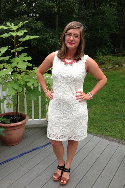 white Target dress - bubble gum baublebar necklace - camel Jean Lafont glasses