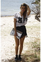 Witchery bag - beginning boutique shorts - C & M by Camilla and Marc top