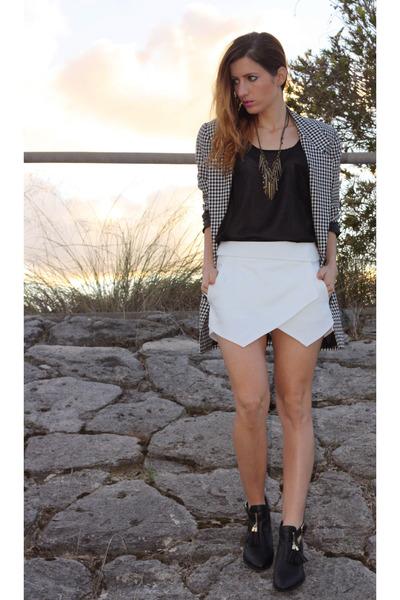 Zara skirt - vintage jacket