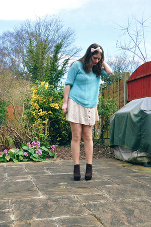 Dorothy Perkins boots - H&M dress - new look jumper