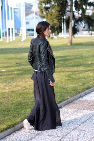 black biker Zara jacket - black zipped Fornarina bag