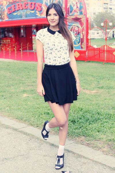 black cute H&M skirt - black leather Zara sandals - off white cute Bershka top