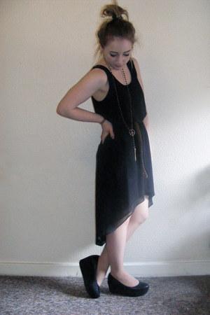 Topshop dress - Topshop necklace - new look belt - vagabond wedges