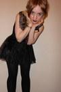 Sequined-primark-cape-black-and-white-h-m-vest-studded-tutu-primark-skirt