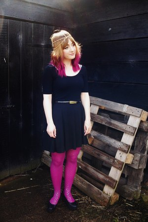 thrifted tights - Topshop dress - Moschino belt
