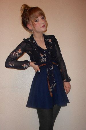 navy schoolgirl TK Maxx skirt - ribbed  tights - new look blouse
