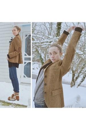Brooks Brothers blazer - Chloe boots