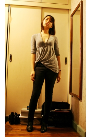 Zara top - no brand jeans - naturalizer boots - DIY necklace
