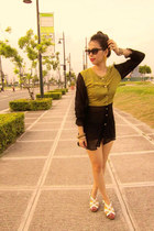 black dress - black cat-eye shape sunglasses - yellow thunder-like earrings