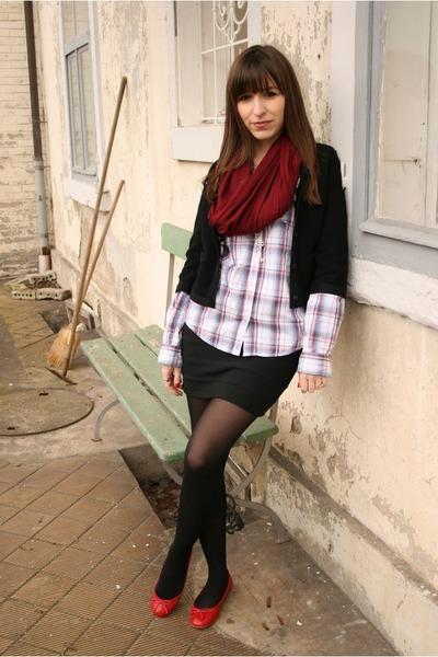 black cardigan - black skirt - white blouse - red shoes