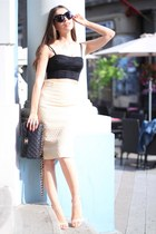 Mango top - Chanel bag - Celine sunglasses - H&M skirt - Stradivarius sandals