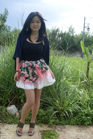 DIY skirt - shoes