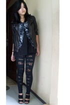 black HK leggings - black shoes - black missielle jacket - black moms top