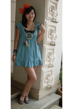 made by myself  accessories - flea market dress - ditchy mitchy necklace - unbra