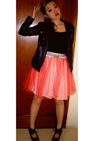 own designe skirt - own design top - missielle jacket - ditchy mitchy accessorie