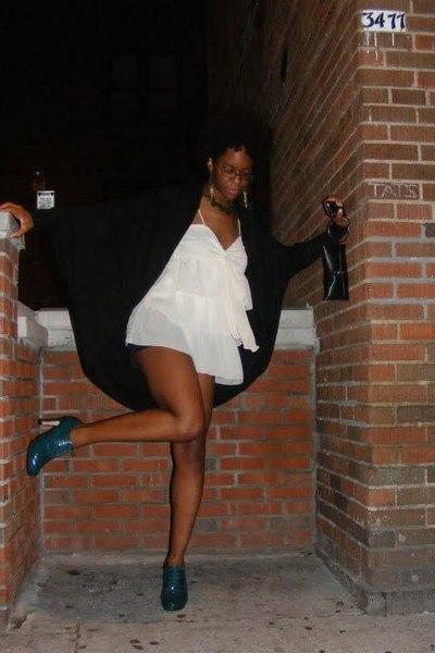blazer - blouse - forever 21 shorts - Repetto shoes - Victorias Secret purse