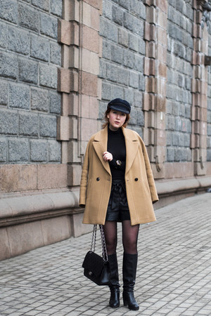 beige Massimo Dutti coat - black Chanel bag