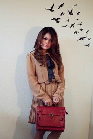 tan pleated romwe dress - brick red satchel Shoedazzle bag