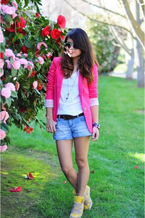 yellow wedges Shoedazzle sneakers - hot pink Sheinside blazer