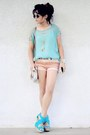 Bronze-hot-pants-shop-akira-shorts-aquamarine-mint-urban-outfitters-sunglasses