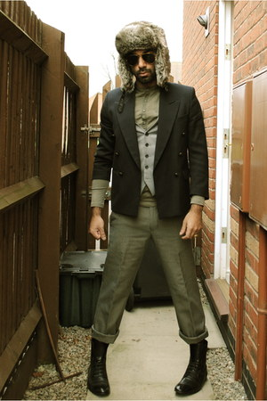 navy blazer - olive green shirt - heather gray pants - black boots