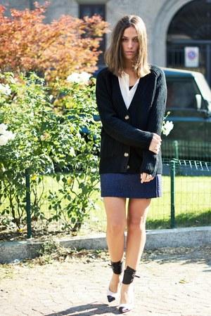 Jessica Buurman heels - Zara sweater - Zara shirt - Zara skirt