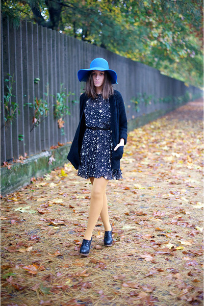 asos dress - vintage hat - Zara sweater - Calzedonia socks - Marni clogs