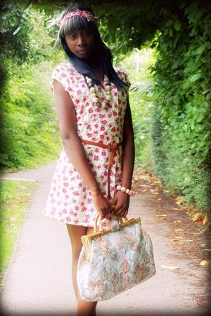 light pink Vintage bag bag - light yellow Love Struck dress