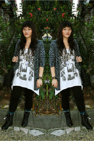 Schu boots - leopard print cardigan
