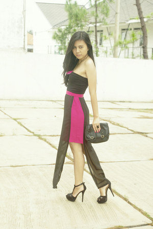 leather bag - skirt - suede heels