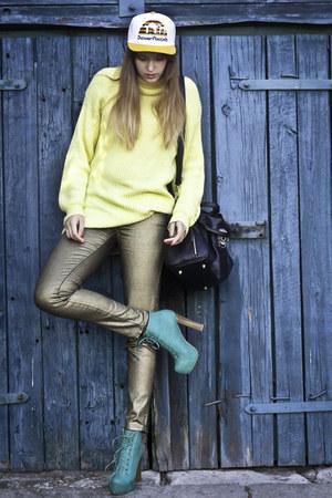 turquoise blue deezee boots - white Hustla hat - light yellow SH sweater