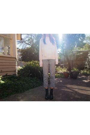 black acne boots - sky blue Tommy Hilfiger jeans - white acne jumper