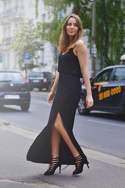 Lovelyshoes dress