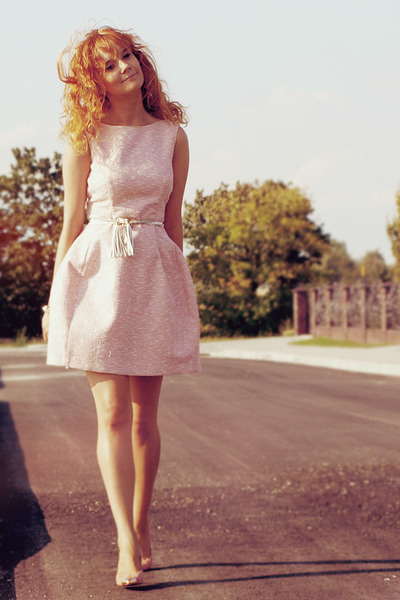 light pink Zara dress - coral Zara pumps