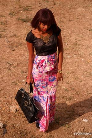 bubble gum UTD skirt - black UTD blouse