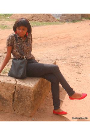 crimson UTD blouse