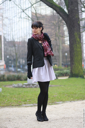 black La Redoute blazer - black H&M shoes - white American Apparel skirt