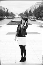 black Perfecto Bruce Field jacket - white jupe New Look skirt