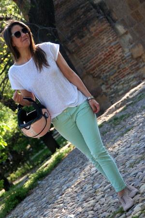 Zara jeans - Zara t-shirt - Bimba y Lola flats - momo helmet accessories