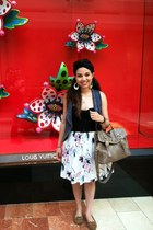 white floral skirt - black Turban accessories - black top - blue Forever 21 vest