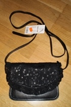GINA TRICOT accessories