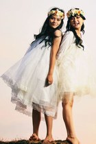 eggshell gorgeous Bridal dress - cream pumps Urban Outfitters dress