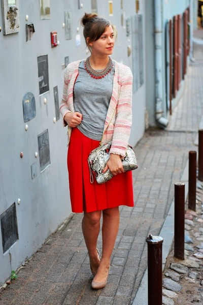 red SUITED skirt - coral Zara blazer - silver Bershka t-shirt