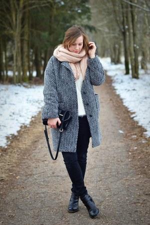 black H&M jeans - black asos boots - white H&M sweater - peach H&M scarf