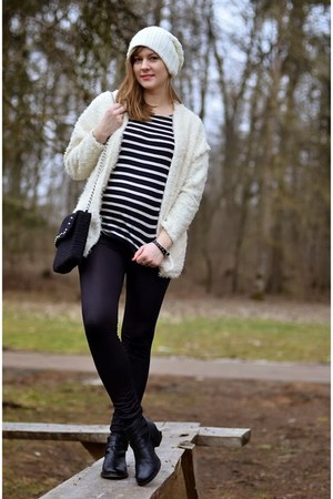 black asos boots - white New Yorker hat - white PERSUNMALL jacket