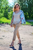 neutral Villa top - neutral lindex top - peach reserved sunglasses