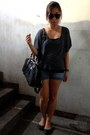 Heather-gray-forever-21-shirt-black-coach-bag-navy-mudd-shorts